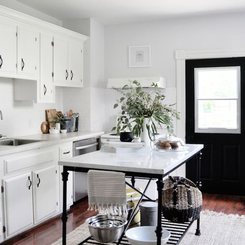 Furniture, White, Room, Countertop, Kitchen, Interior design, Property, Table, Floor, Ceiling,
