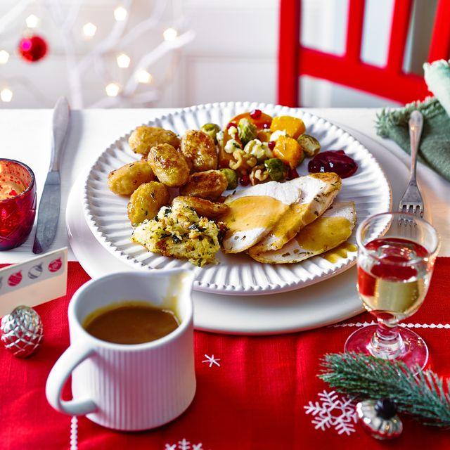 easy christmas main menu plated