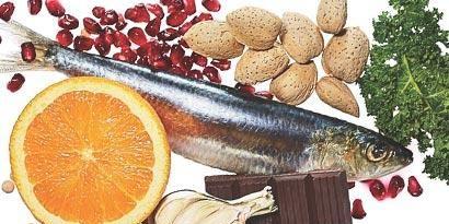 Vertebrate, Ingredient, Fish, Citrus, Fruit, Produce, Flowering plant, Natural foods, Citric acid, Mandarin orange,