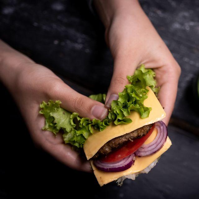 eating a burger without a bun