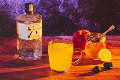 Hot gin winter punch cocktail recipe