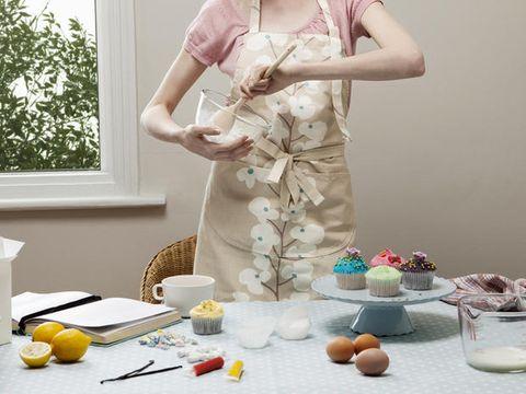 Serveware, Dishware, Food, Citrus, Fruit, Produce, Porcelain, Sweetness, Day dress, Citric acid,