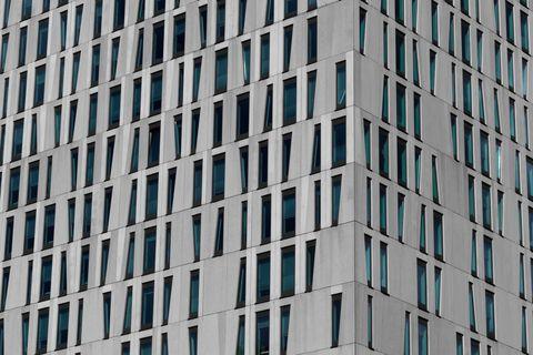 Urban area, Daytime, Architecture, Tower block, Building, Metropolitan area, Condominium, Commercial building, Skyscraper, Metropolis,