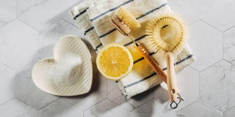 Green cleaners, lemon juice, bicarb, soda crystals, white vinegar - how to clean sustainably