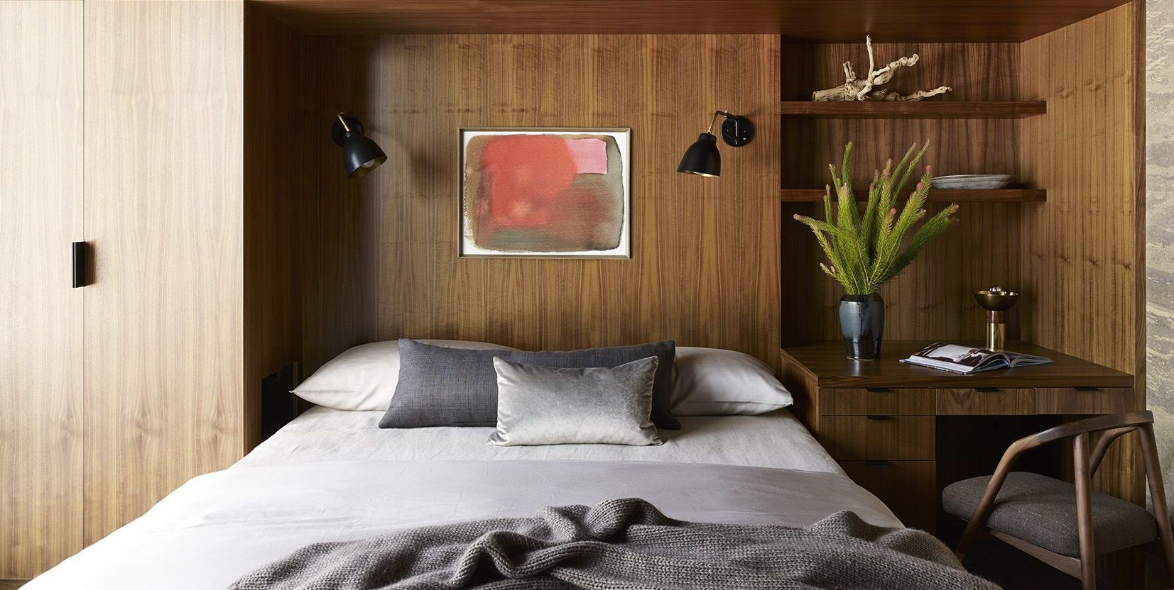 50+ Small Bedroom Decorating Ideas That Maximize Coziness