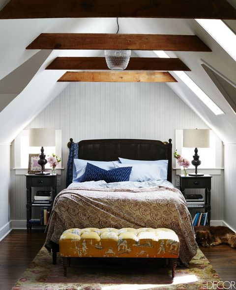 Bedroom, Furniture, Bed, Room, Interior design, Ceiling, Bed frame, Bed sheet, Property, Bedding,