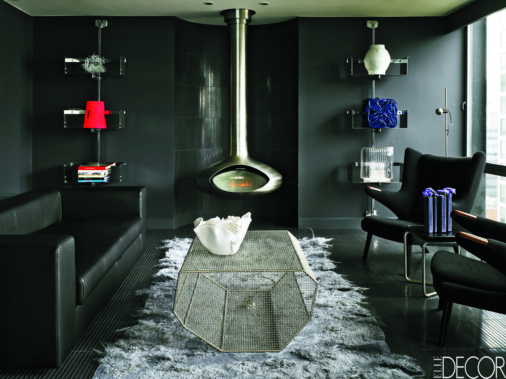 10 Black Room Decorating Ideas - How to Use Black Wall Paint ...