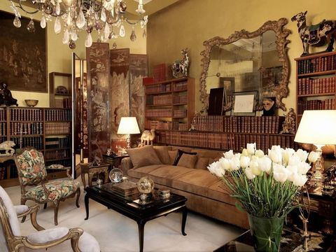 An Inside Look At Coco Chanel S 31 Rue Cambon Apartment A Historical Look At Coco Chanel S Apartment