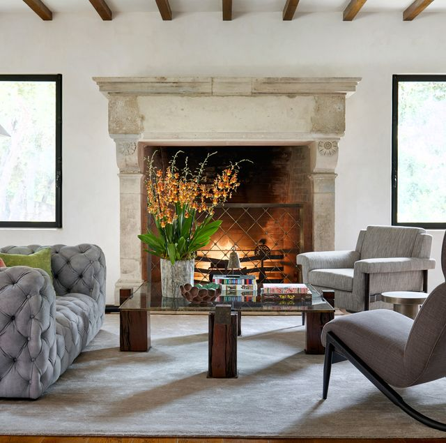 How To Decorate A Coffee Table, Living Room Table Accessories