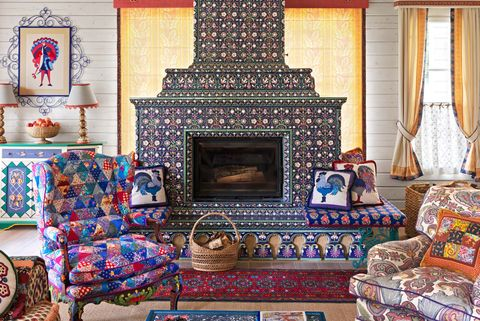 Russian-Country-House-Living-Room