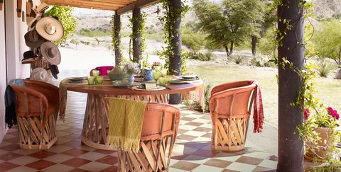 Inspiring Small Patio Ideas 50
