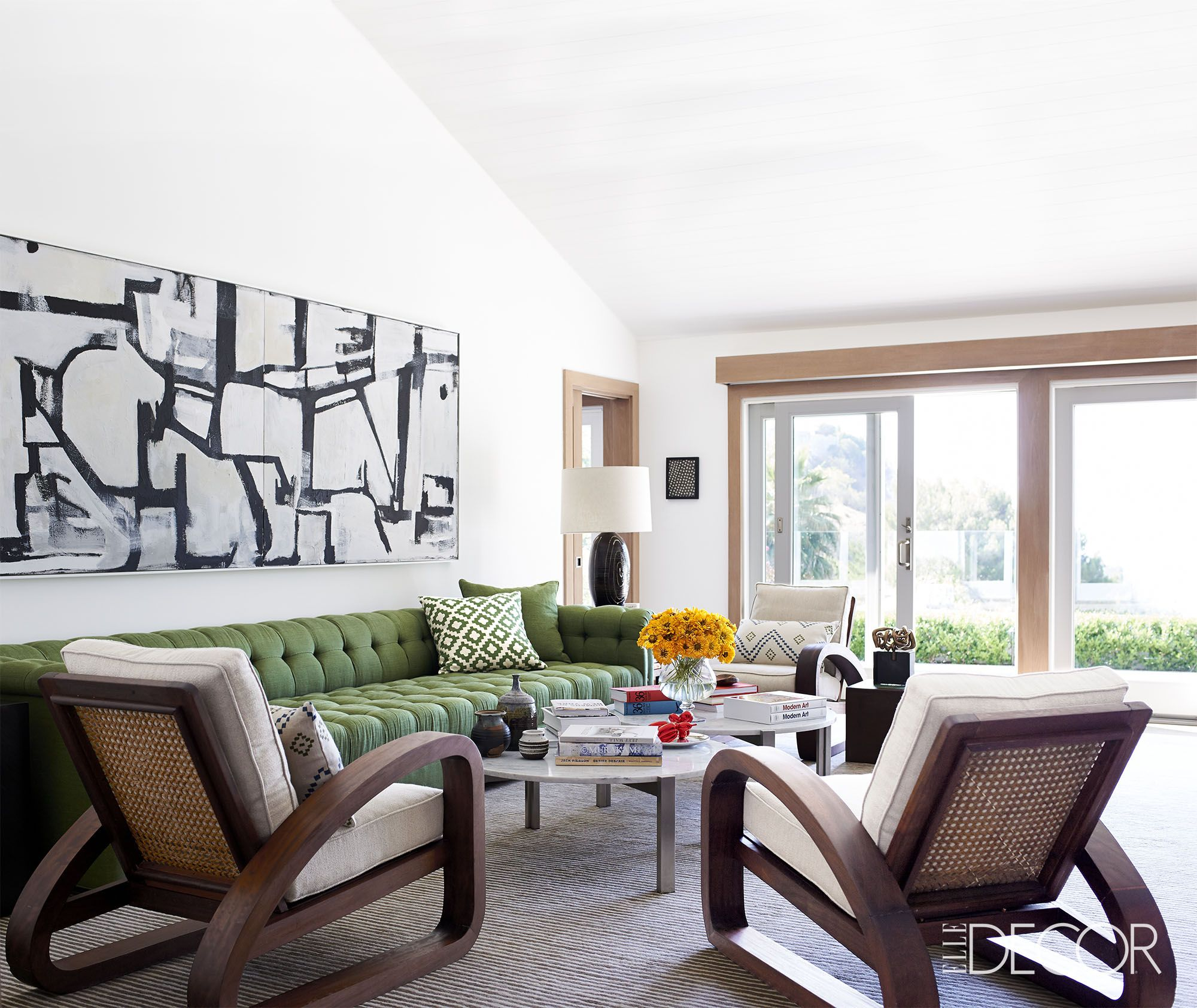 Difference Between Modern And Contemporary: 25 Mid Century Modern Living Rooms