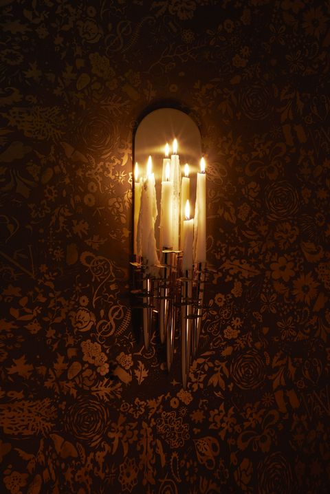Lighting, Light fixture, Light, Lamp, Incandescent light bulb, Darkness, Street light, Sconce, Light bulb, Interior design,