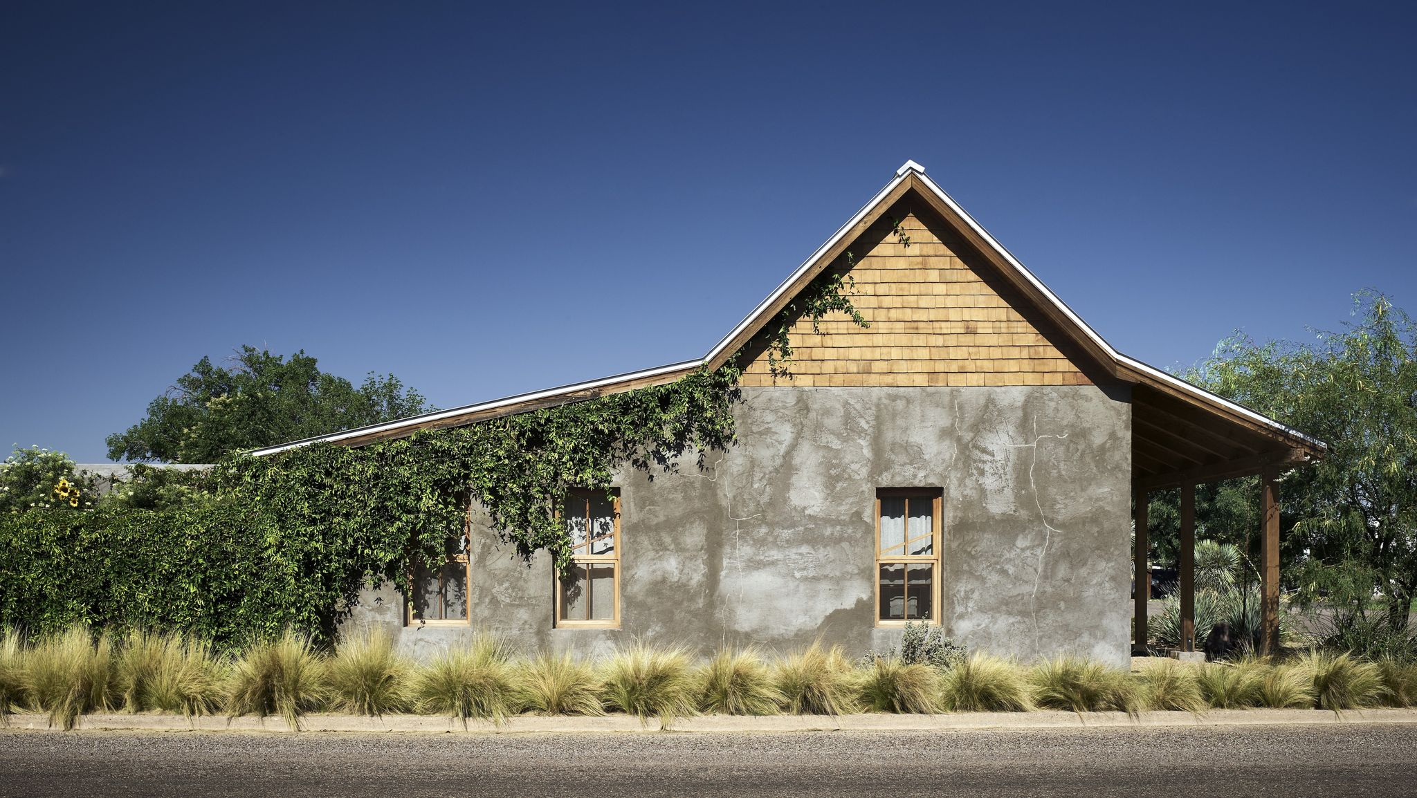 How an Abandoned Texas Home Is Restored Into an Ethereal Country Getaway