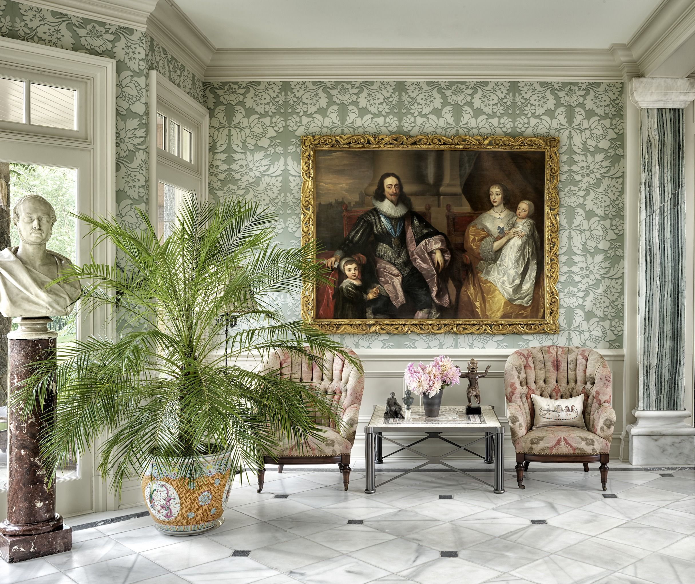Tour a Dramatic Hearst Family Estate in New York's Hudson Valley