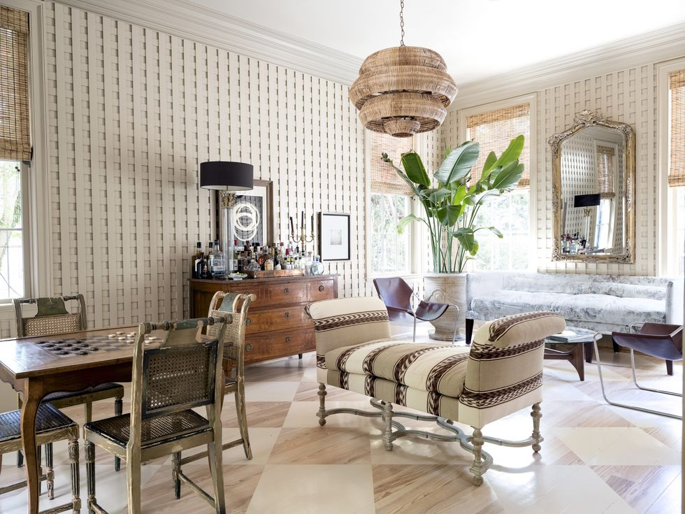 A New Orleans Manse is Given New Life with a Fashionable Pizzazz