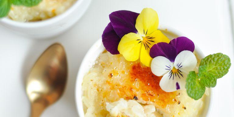 15 edible flower ideas food photography edible flowers mightylinksfo