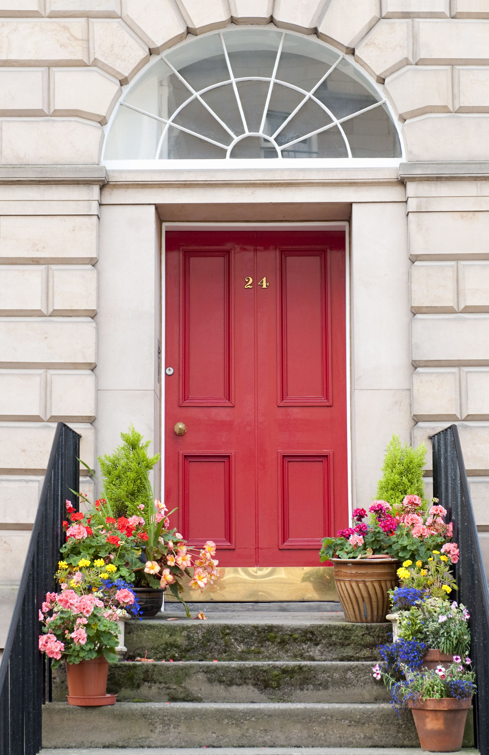 This Company Will Send You Customized Front Door Plants For Each Season