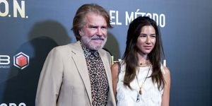 Edmundo Arrocet y su hija Estefanía disfrutan del corto 'El Método'