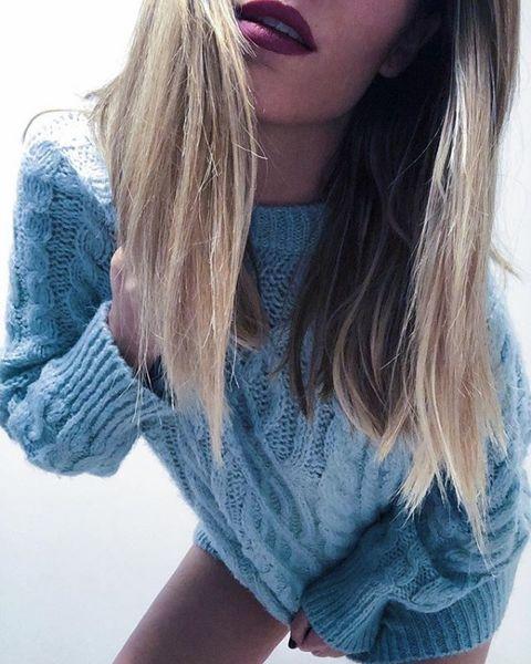 Hair, Blue, Blond, Clothing, Denim, Shoulder, Lip, Hairstyle, Pink, Long hair,