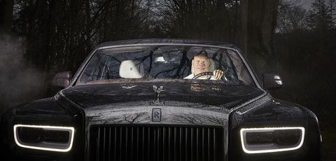 Land vehicle, Vehicle, Car, Luxury vehicle, Motor vehicle, Automotive design, Rolls-royce, Sedan, Windscreen wiper, Classic car,