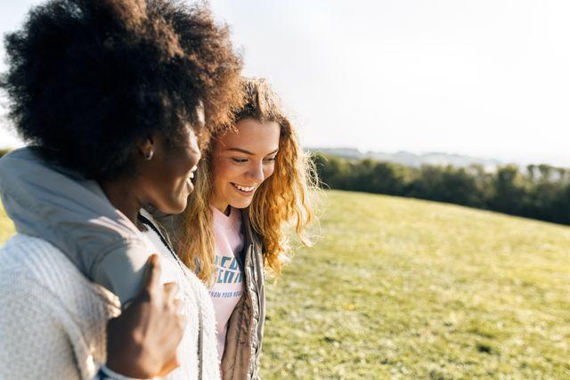 een gesprek tijdens een wandeling gaat makkelijker omdat je hersencellen beter met elkaar communiceren