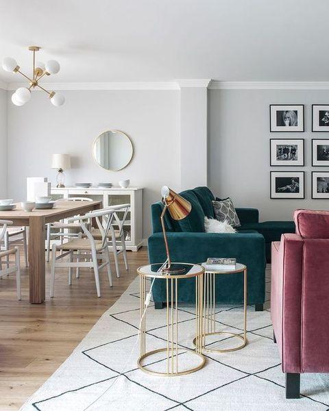 mesa dorada salon