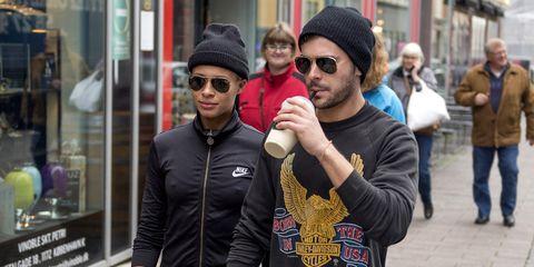 People, Street fashion, Eyewear, Fashion, Sunglasses, Cool, Headgear, Tourism, Glasses, Photography,