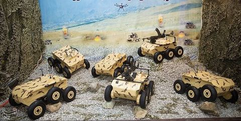 Motor vehicle, Armored car, Combat vehicle, Military vehicle, Tank, Mode of transport, Vehicle, Car, Toy, All-terrain vehicle,