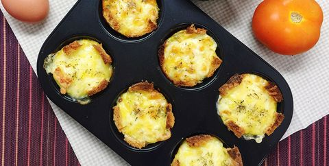 Egg frittatas in muffin tins