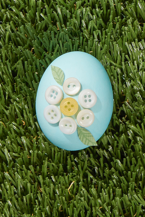 egg painting buttons
