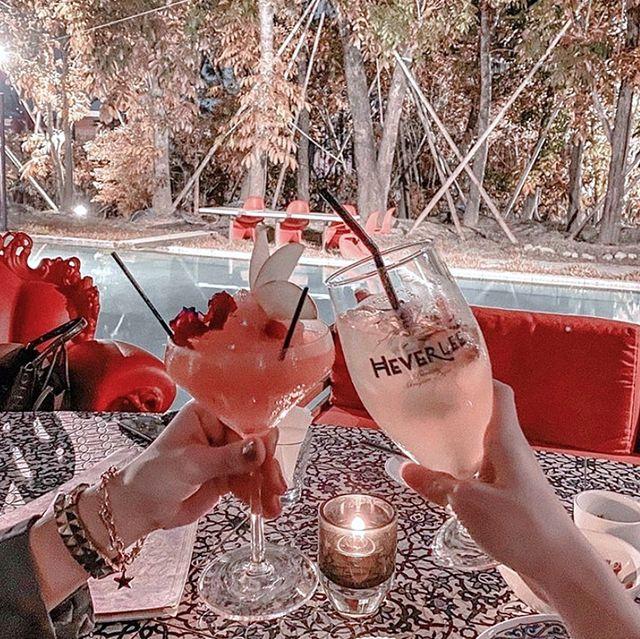 酒鬼必備清單~台中7家超特別的酒館推薦,在池畔啜飲小酒太愜意!