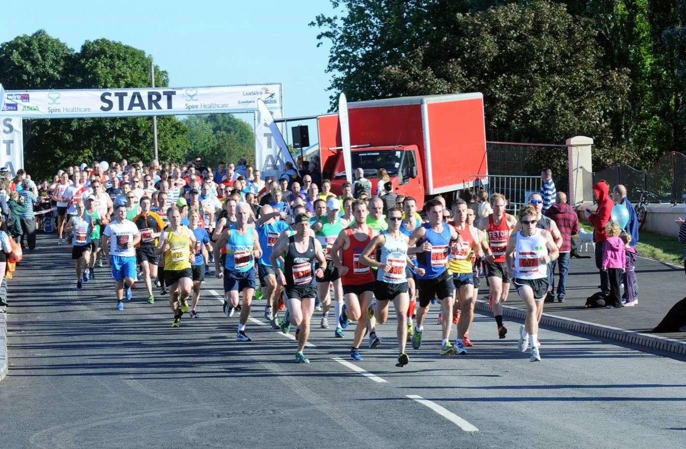 Organisers of this half marathon apologise for cancelling six days before the race