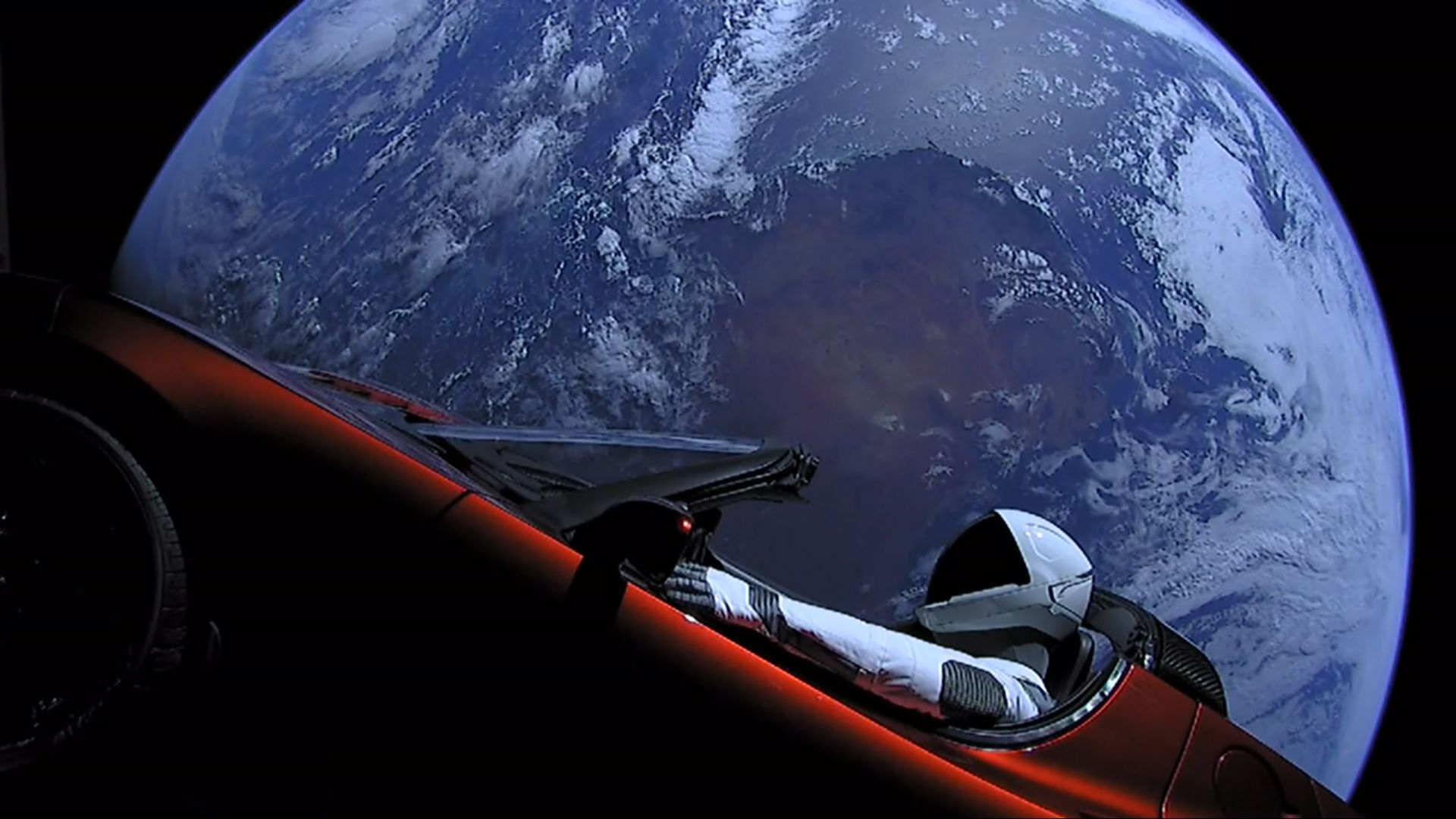 Elon Musk's Floating Starman Finally 'Drove' by Mars