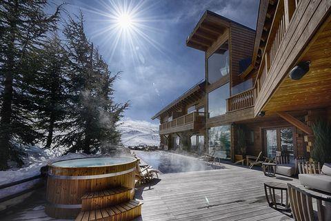 Sky, Winter, Snow, Tree, Architecture, Sunlight, Cloud, Street, Mountain, Road,