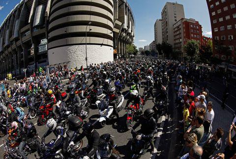 El mundo de la moto rinde homenaje a Ángel Nieto