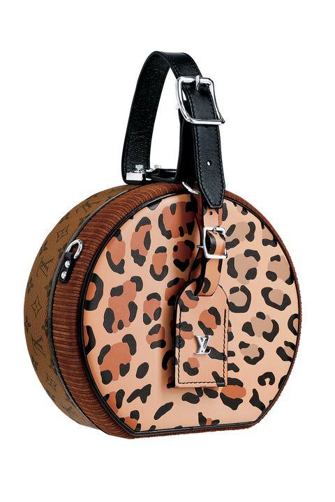 Bag, Handbag, Brown, Fashion accessory, Shoulder bag, Beige, Coin purse, Fawn, Strap, Leather,