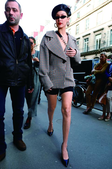 Street fashion, Photograph, Clothing, Fashion, Eyewear, Sunglasses, Snapshot, Fashion model, Dress shirt, Street,