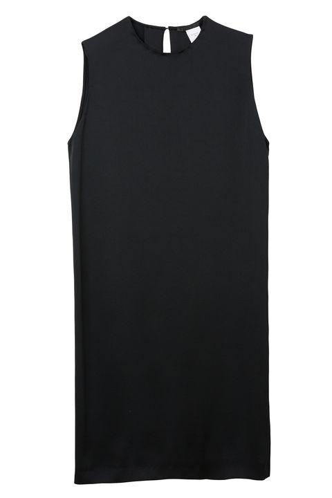 Clothing, Black, White, Sleeveless shirt, T-shirt, Sleeve, Outerwear, Sportswear, Shirt, Top,