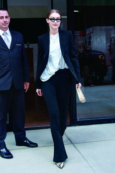 Fashion, Clothing, Fashion model, Fashion show, Street fashion, Eyewear, Footwear, Snapshot, Outerwear, Blazer,