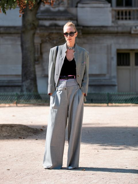 Clothing, Street fashion, White, Fashion, Jeans, Denim, Blazer, Jacket, Trousers, Outerwear,