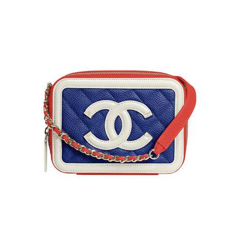 Bag, Fashion accessory, Wristlet, Symbol, Handbag, Coin purse, Shoulder bag, Rectangle, Emblem,