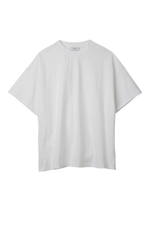 White, Clothing, T-shirt, Sleeve, Top, Crop top, Blouse, Outerwear, Neck, Shirt,