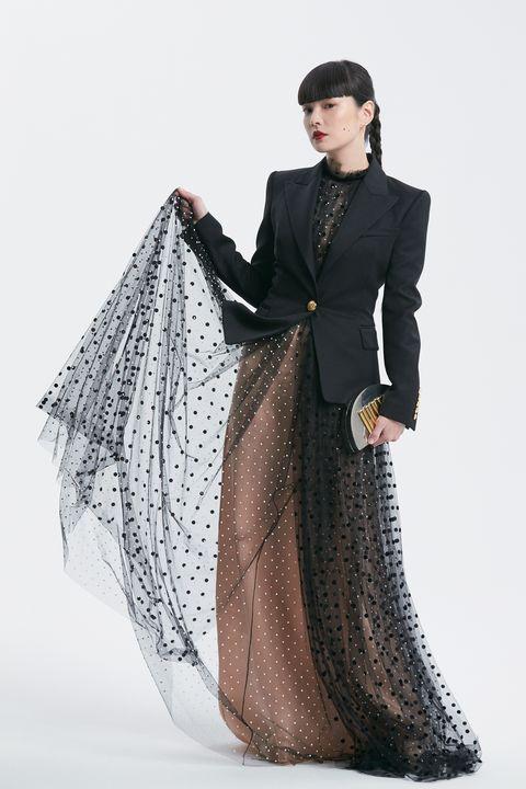 Fashion model, Clothing, Fashion, Formal wear, Dress, Victorian fashion, Gown, Beauty, Outerwear, Fashion design,