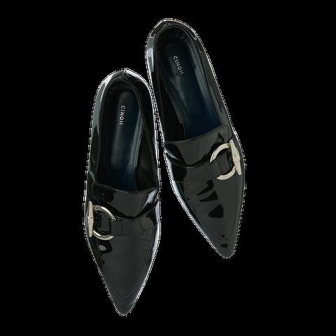 Footwear, Black, Shoe, Dress shoe, Leather, Oxford shoe, Court shoe,