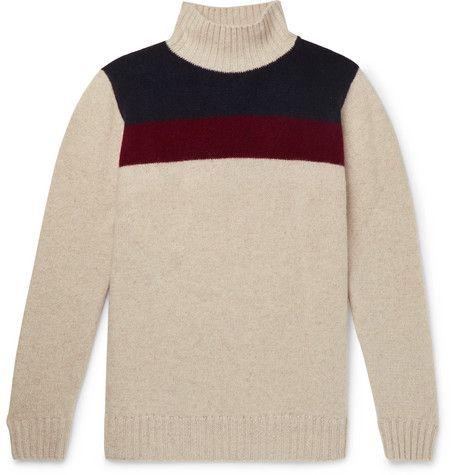 Clothing, Wool, Sweater, Sleeve, Woolen, Long-sleeved t-shirt, Outerwear, Beige, Jersey, Neck,