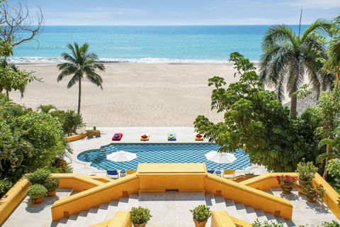 Resort, Swimming pool, Property, Vacation, Building, Real estate, Tree, Leisure, Tourism, Palm tree,
