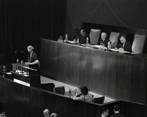 eleanor roosevelt speaking at the united nations general assembly