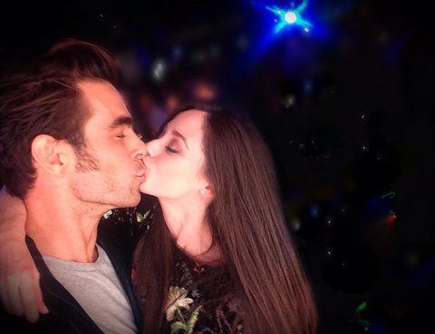 Interaction, Kiss, Love, Fun, Nightclub, Lip, Romance, Event, Night, Gesture,