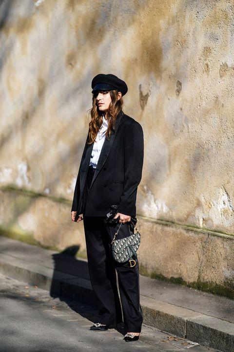 Street Style - Paris Fashion Week Womenswear Fall/Winter 2019/2020 : Day Two
